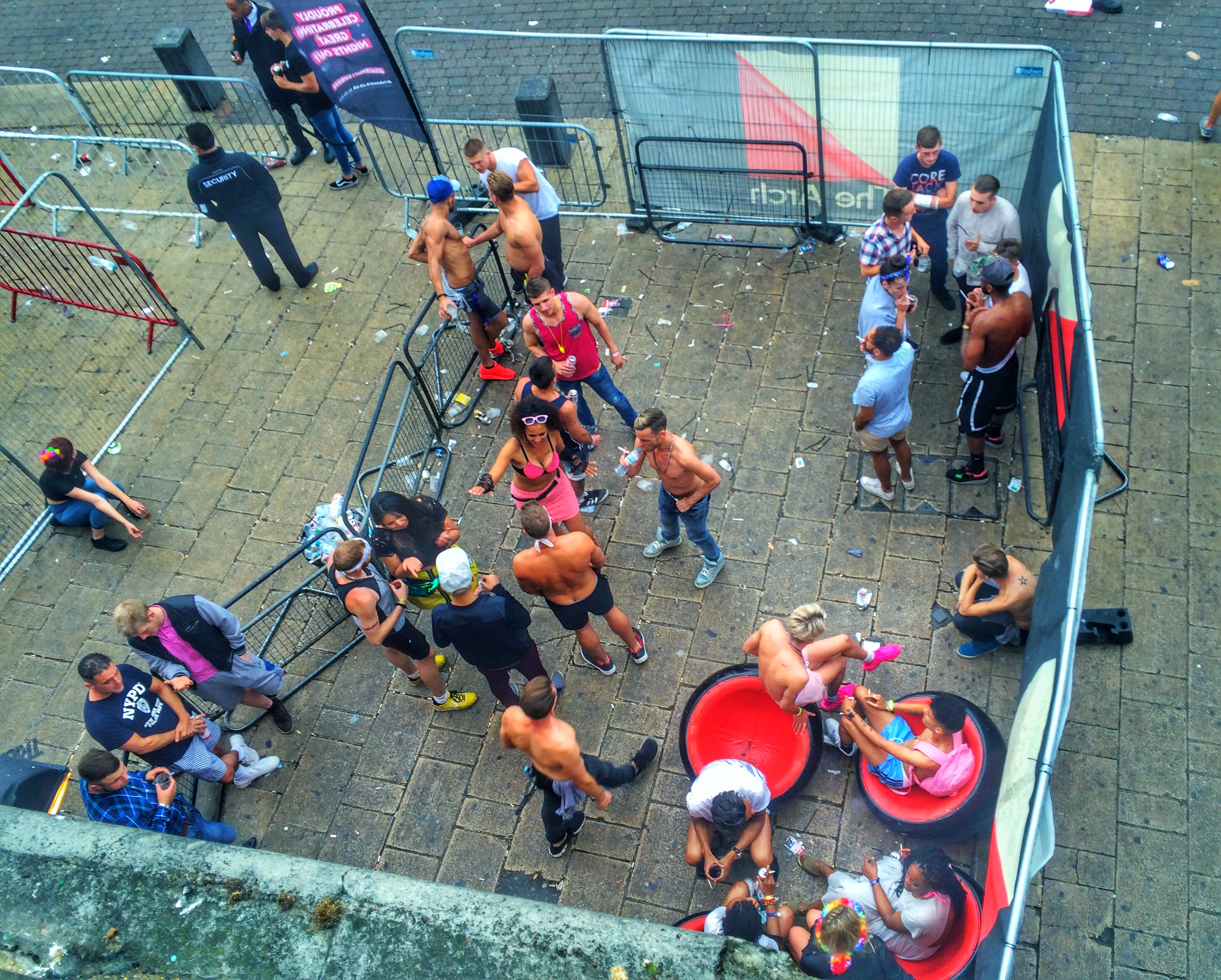 BRIGHTON PRIDE 2016 AFTERMATH - outside the club