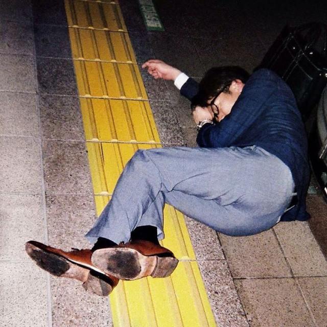 Japanese Sleeping In Public 20