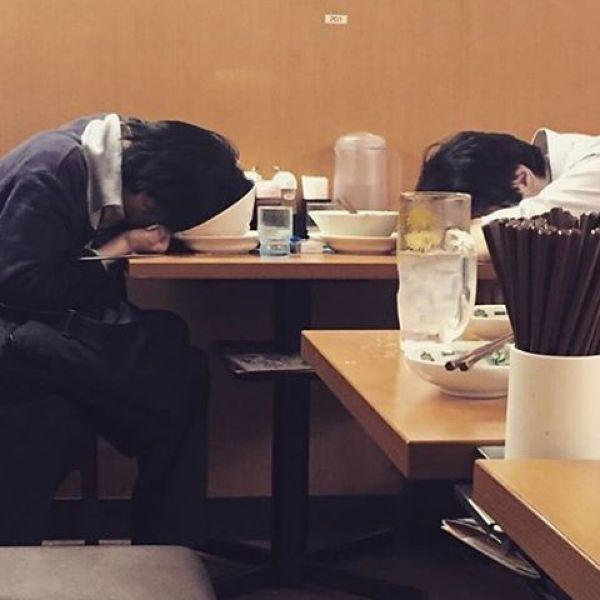 Japanese Sleeping In Public 21