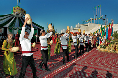 Turkmenistan Melon Day - Men