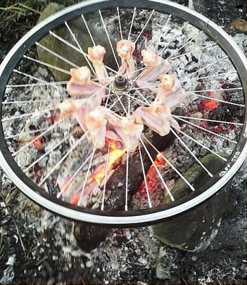 awesome-russia-lol-chicken-bbq-wheel
