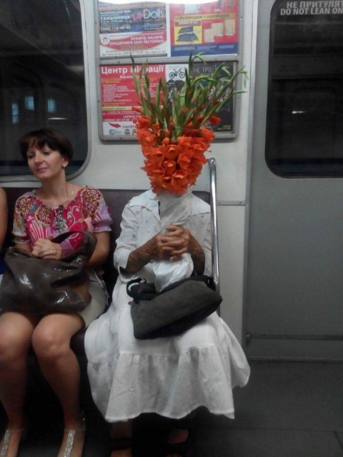 awesome-russia-lol-train-love