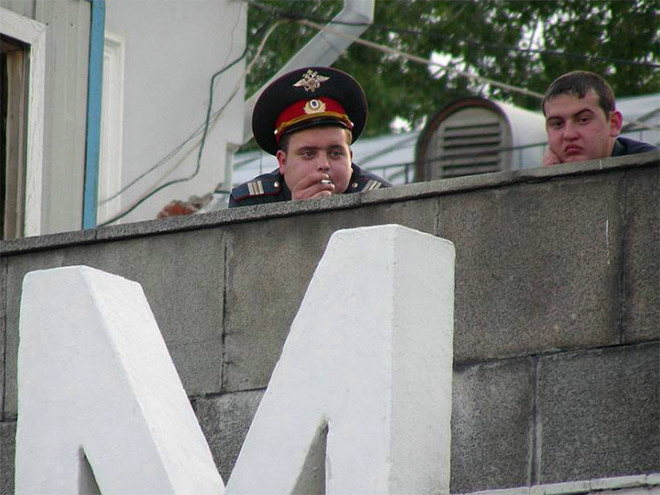 russian-police-fail-chilling-out