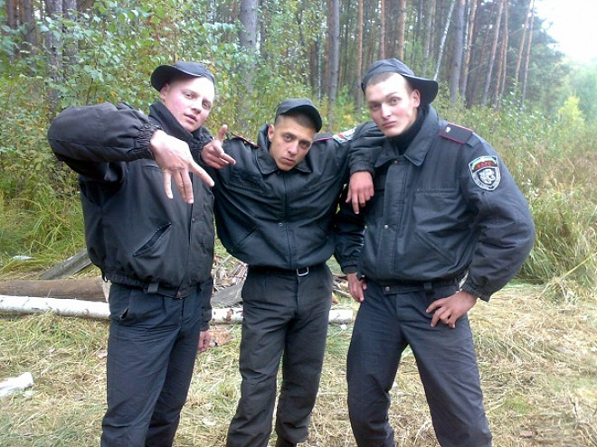 russian-police-fail-wood-craft