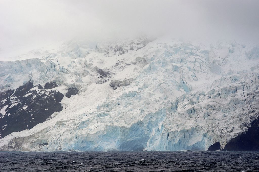 bouvet-island-glacier-on-west-coast