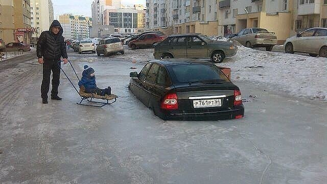 russian-humour-frozen-car