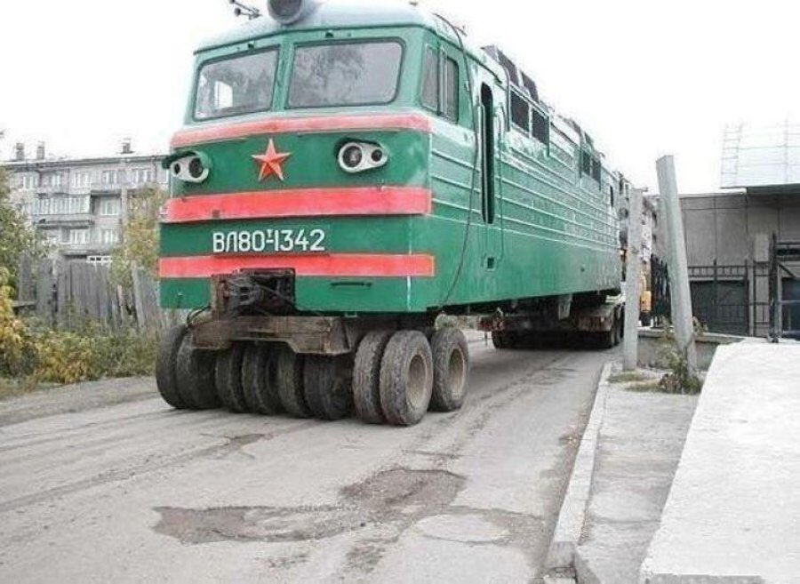 russian-humour-road-train