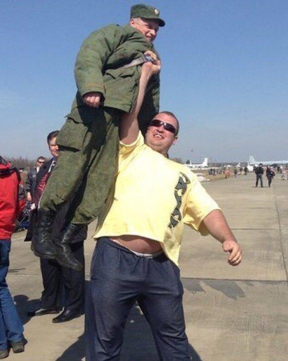 russian-humour-russian-strongman