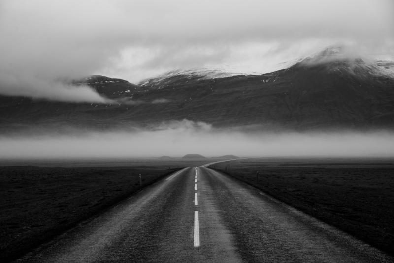 luc-kordas-iceland-road
