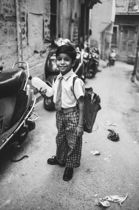 luc-kordas-india-little-boy