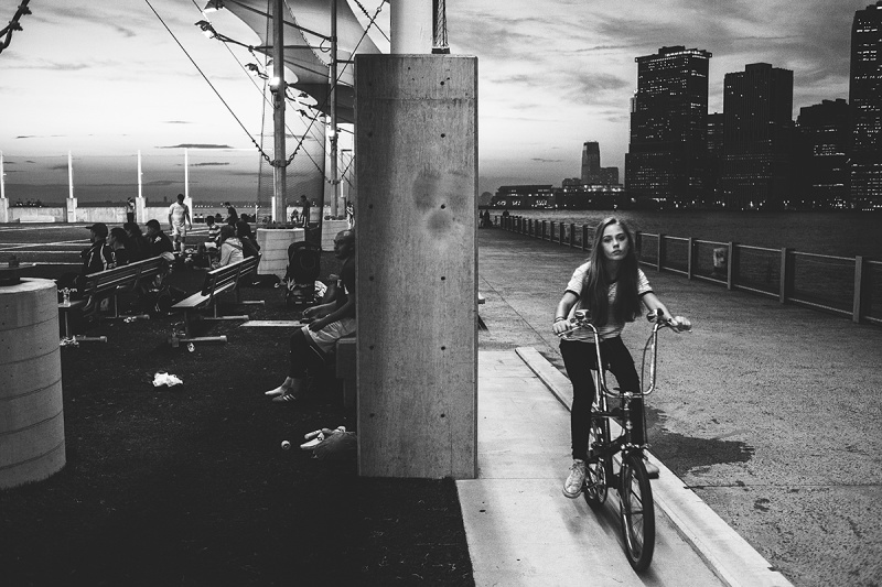 luc-kordas-new-york-girl-on-bike