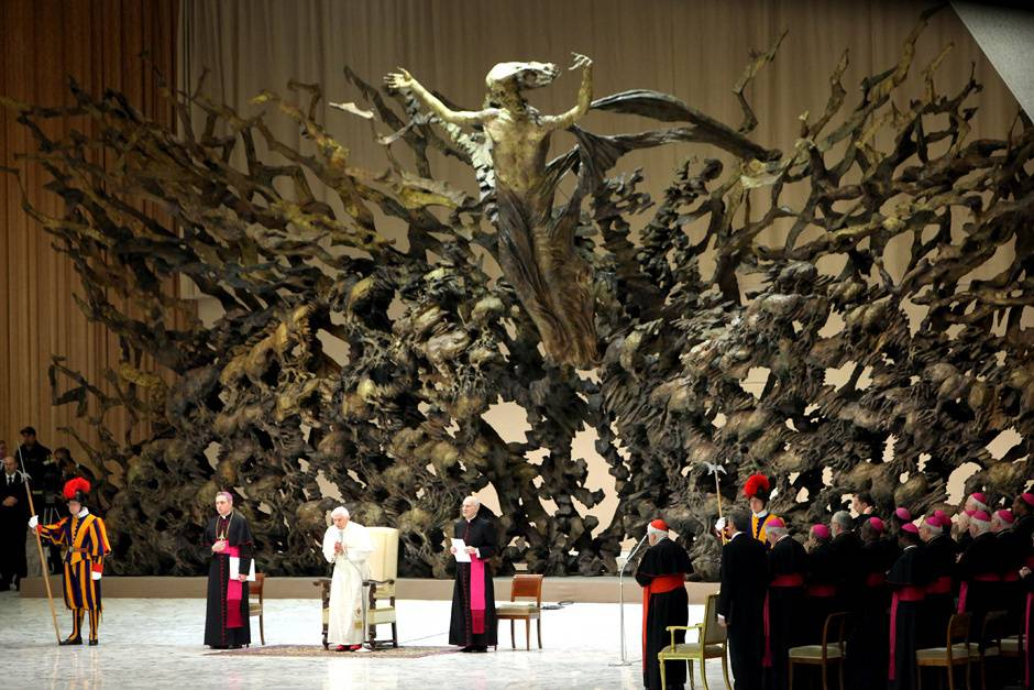 "The Resurrection"": Pope's Intriguingly Sinister Sculpture • Lazer ..."
